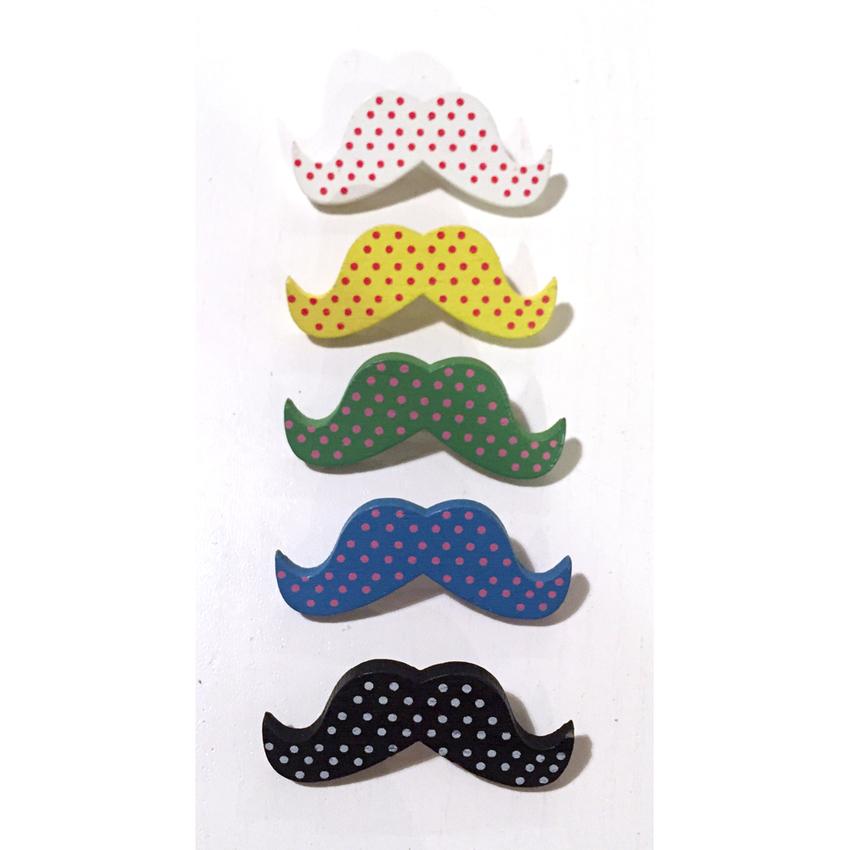 Wooden moustasche brooch